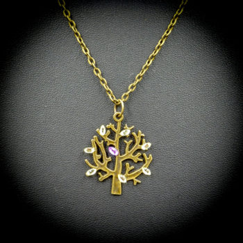 Non Steampunk necklace from the jewellery collection by Gwendolyne's Steampunk Gems